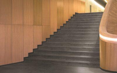 A nora by Interface kibővítette gumi lépcsőrendszerének portfolióját a modern norament 926 arago dizájnnal